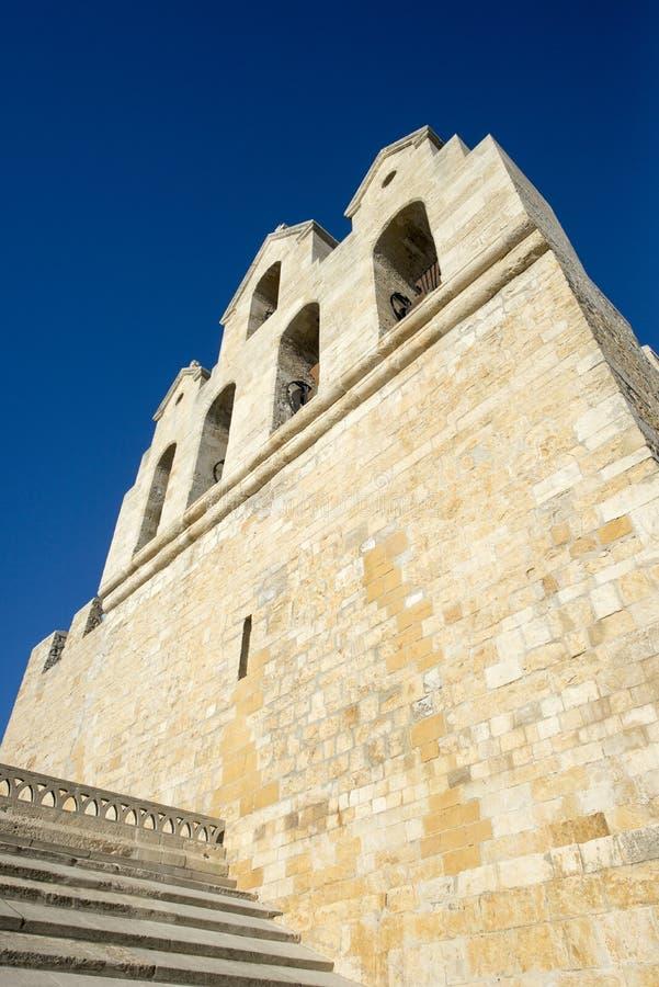 Download Cathédrale De Saintes-Maries-de-la-Mer, France Photo stock - Image du ville, siècle: 77153826