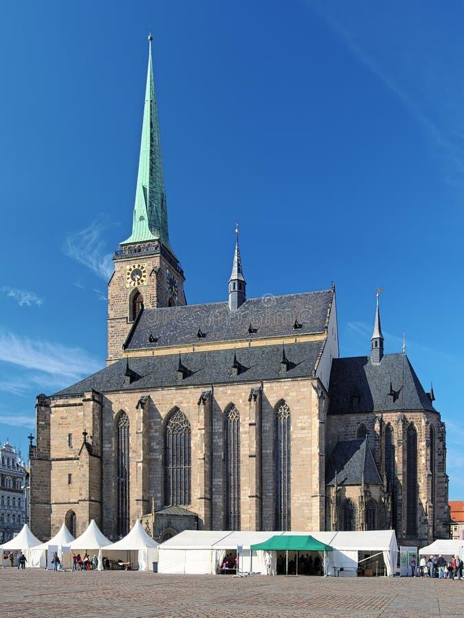 Cathédrale de St Bartholomew dans Plzen photos stock