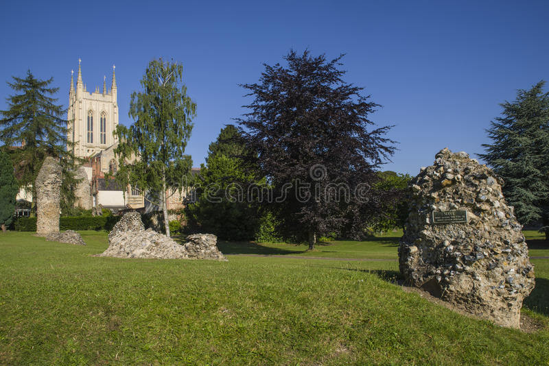 Cathédrale de St Edmunds Abbey Remains et de St Edmundsbury d'enfouissement photos stock