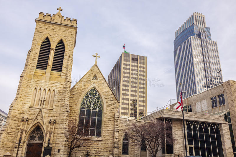 Cathédrale de trinité à Omaha, Nébraska photographie stock libre de droits
