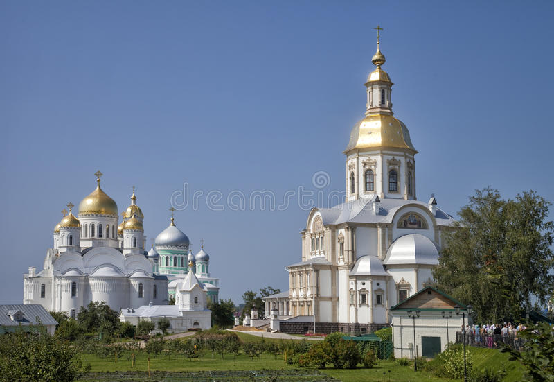 Cathédrale de trinité du monastère de séraphin-Diveevo de trinité sainte photographie stock libre de droits