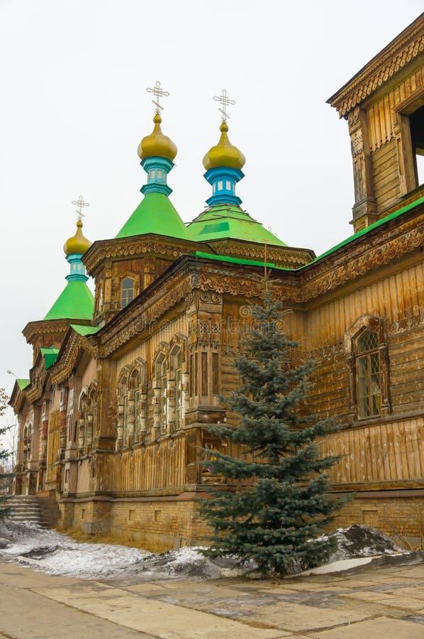 Cathédrale de trinité sainte - église orthodoxe russe en bois photographie stock libre de droits