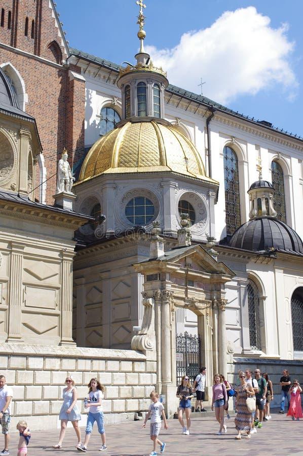 Cathédrale de Wawel sur la colline de Wawel à Cracovie, Pologne photographie stock