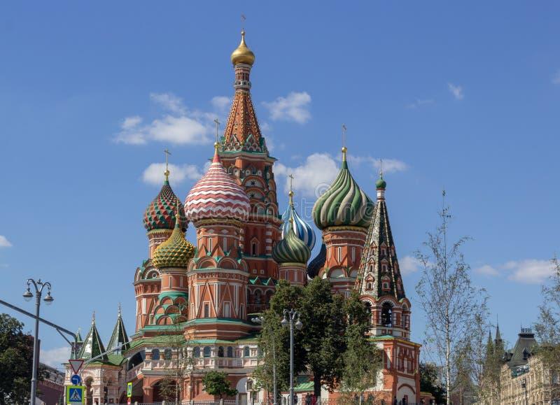 Cathédrale du ` s de St Basil sur la place rouge images libres de droits