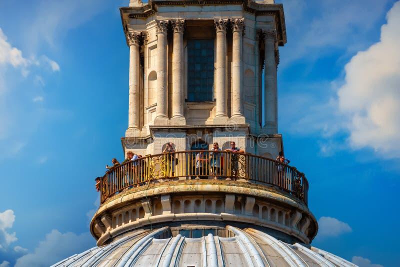 Cathédrale du ` s de St Paul à Londres, R-U photographie stock libre de droits