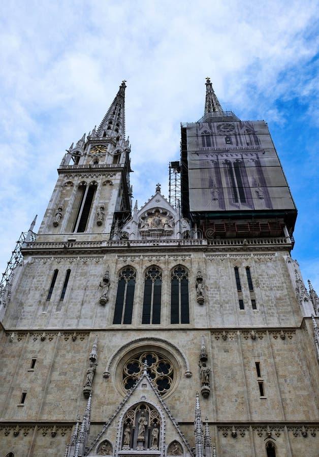 Cathédrale gothique de Zagreb de style, Croatie photographie stock libre de droits