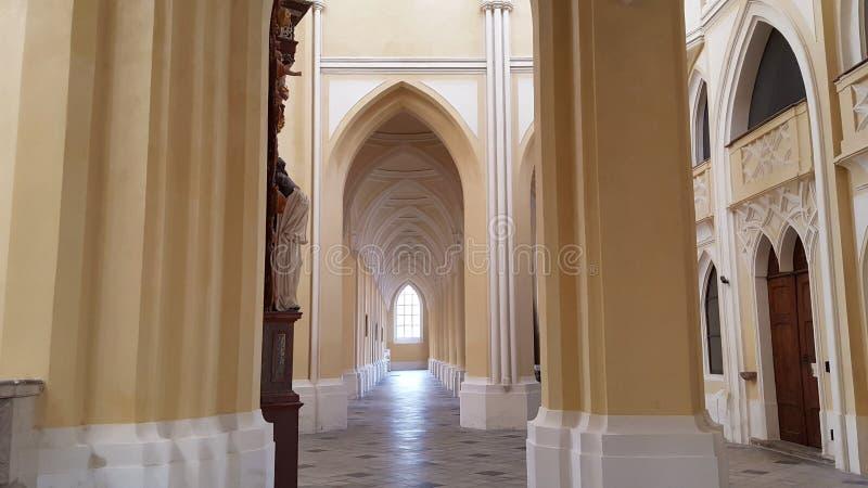 Cathédrale intérieure de vue d'acceptation de notre Madame et St John images stock