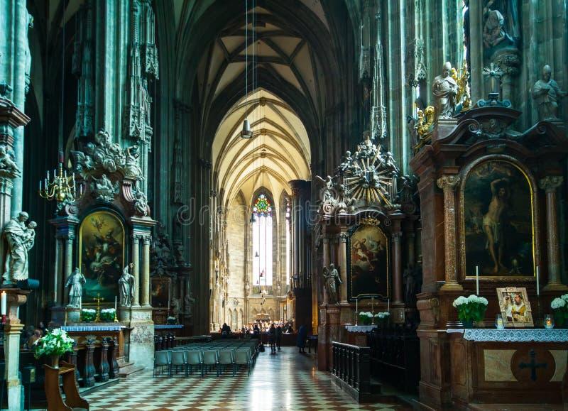 Cathédrale intérieure Vienne de Stephans photo stock