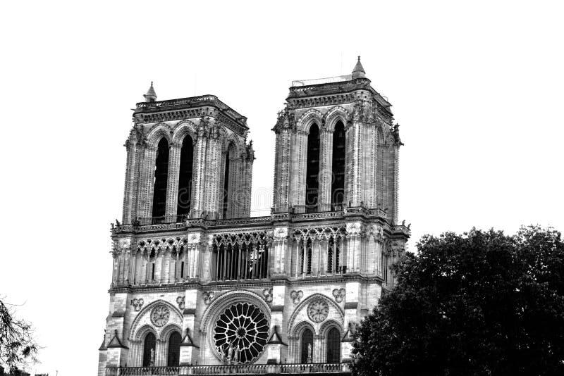 Cathédrale légendaire Notre Dame de Paris Bel achitecture parisien Point de repère magnifique après le feu destructif images libres de droits