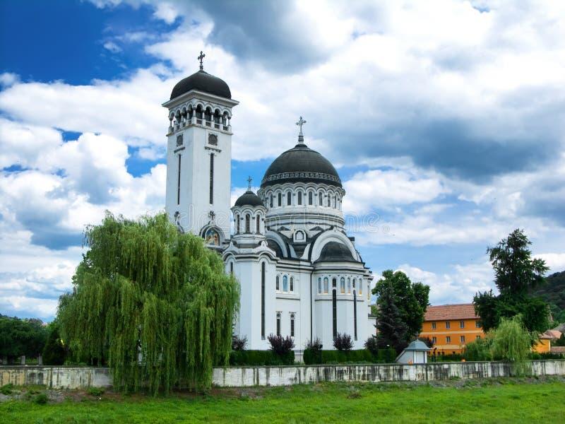 Cathédrale orthodoxe en Roumanie photo libre de droits
