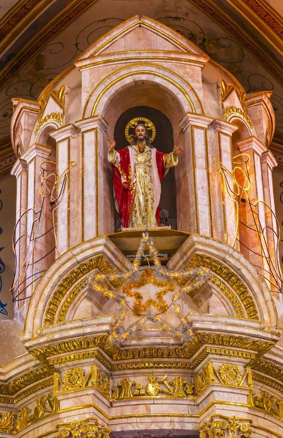 Cathédrale Parroquia Dolores Hidalgo Mexico de statue du Christ de Noël images stock