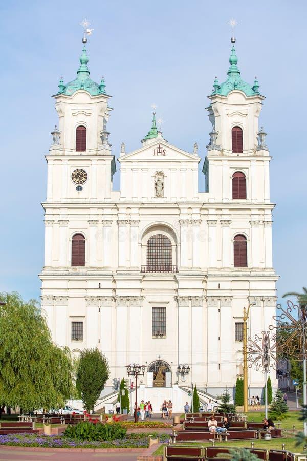 Cathédrale sur la place de ville principale à Grodno photos libres de droits