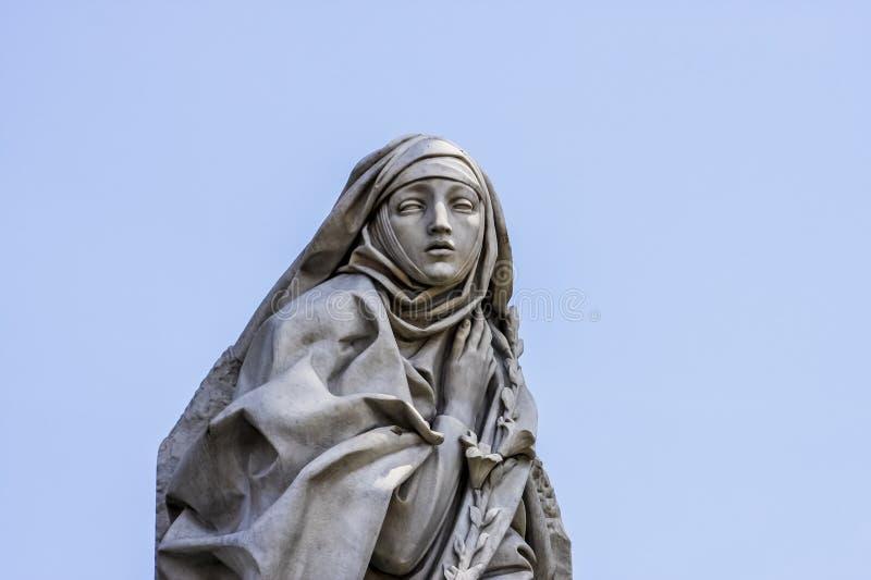 Catharina Da Siena Statue à Rome photo libre de droits