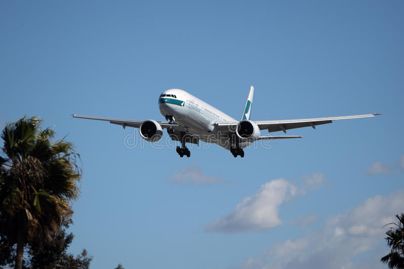 Cathay Pacific Boeing 777-367(ER) royalty free stock images