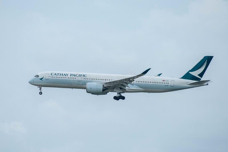 Cathay Pacific Reg Ingen Flyg CPA717 för B-LRP A350-941 royaltyfri fotografi