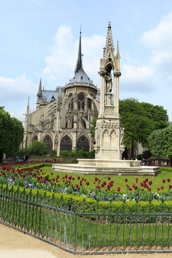 cathedral贵妇人・ de notre巴黎 图库摄影