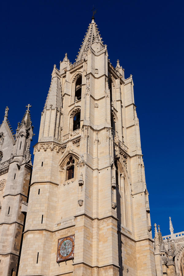 Download Cathedral Of Leon Royalty Free Stock Photography - Image: 23198027