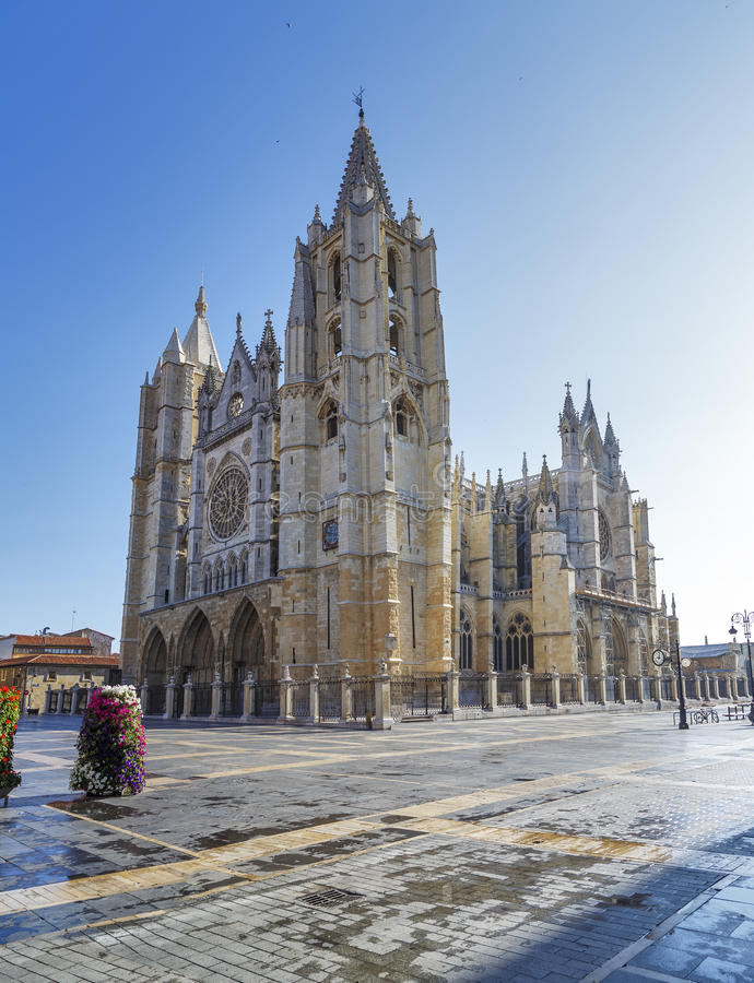 Download Cathedral of Leon stock photo. Image of construction - 31911658