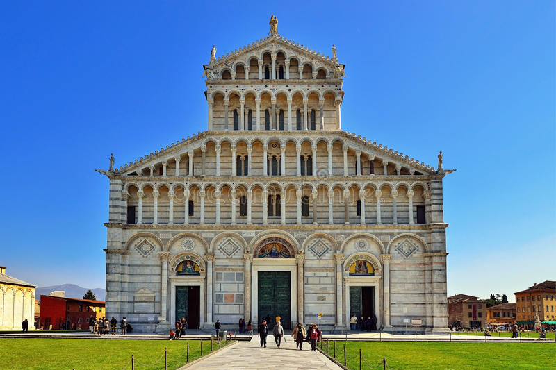 Download Cathedral of Pisa editorial photo. Image of field, history - 20783546