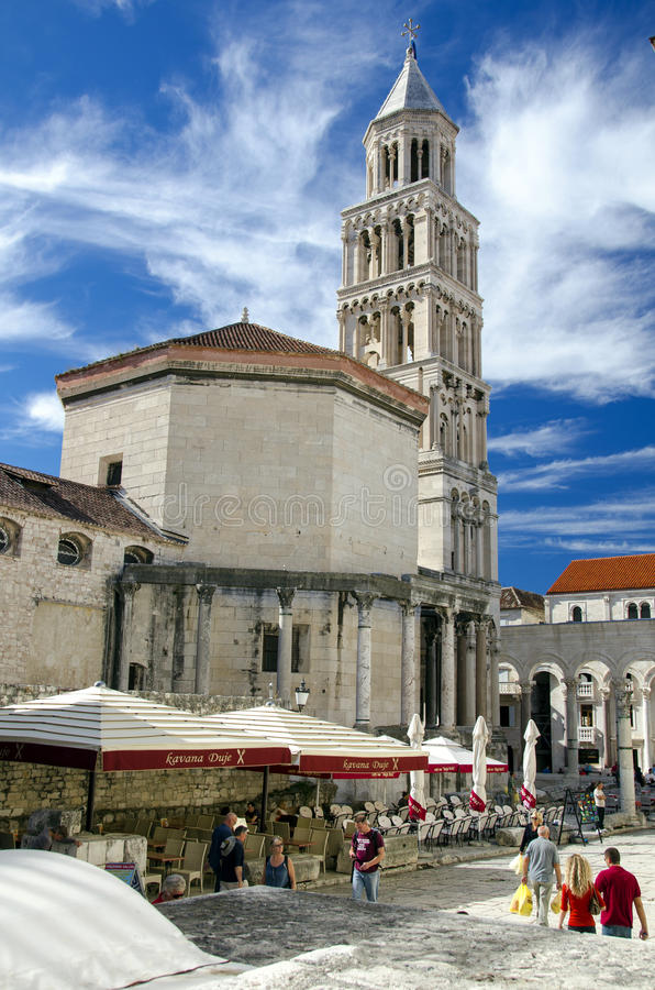 Download Cathedral Of St. Domniusa Editorial Photo - Image: 29064176