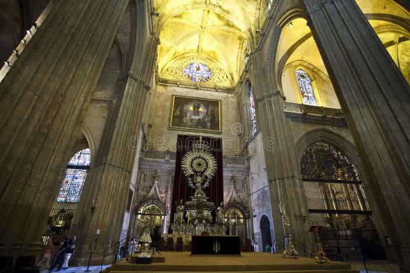 Cathedrale interior de Sevilla fotos de archivo