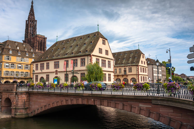Cathedrale Notre Dame de Strasbourg and surroundings stock photos