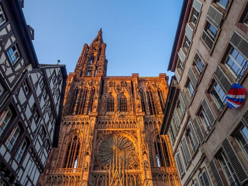 Cathedrale Notre-Dame eller domkyrka av vår dam av Strasbourg arkivfoto