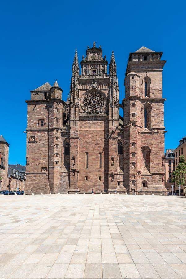 Cathedrale Notre-Dame in Rodez, Frankreich lizenzfreie stockfotos