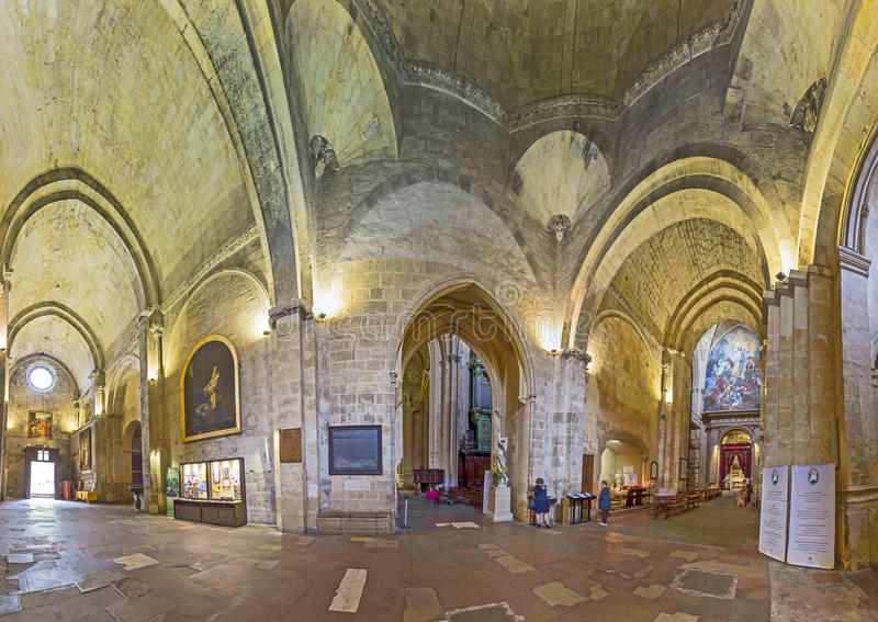 Cathedrale Sainte Sauveur in Aix-en-Provence, Frankrijk stock foto's
