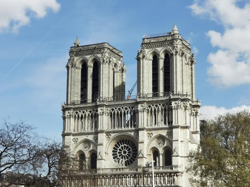 Cathedralenotre-dame de paris na Brand royalty-vrije stock fotografie