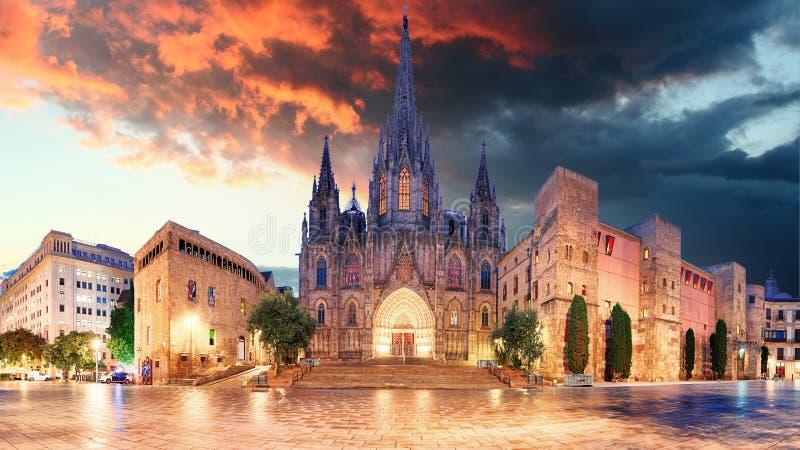 Cathedrel de Barcelona, nova da plaza foto de stock