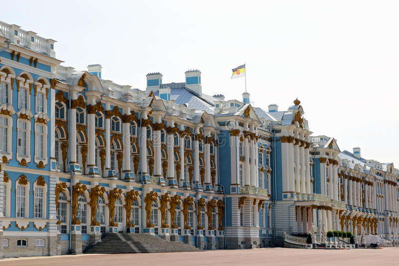 Catherine Palace i Pushkin (den Leningrad regionen) i Pushkin, R arkivfoton