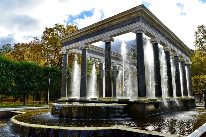 Catherine Palace, parque de St Petersburg, grande fotos de archivo