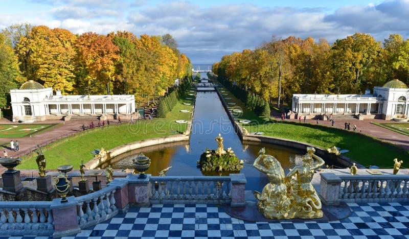 Catherine Palace, parque de St Petersburg, grande imágenes de archivo libres de regalías