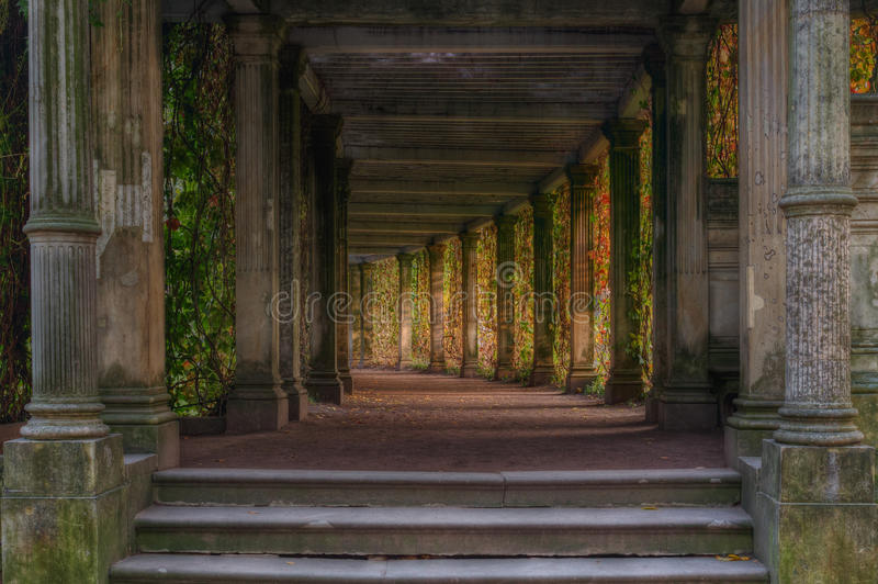 Catherine Park Pushkin Poseer el jardín pergola foto de archivo
