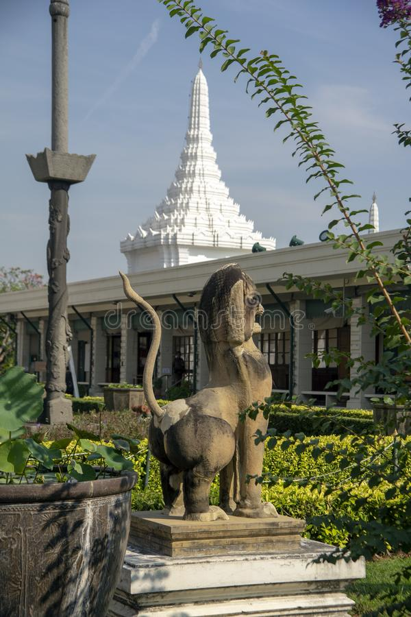 Catlike statua, świątynia Szmaragdowy Buddha, Uroczysty pałac, Bangkok, Tajlandia obrazy stock