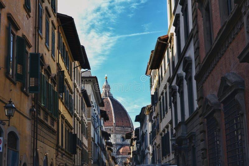 Cattedrale二圣玛丽亚从通过dei Servi的del菲奥雷 库存照片
