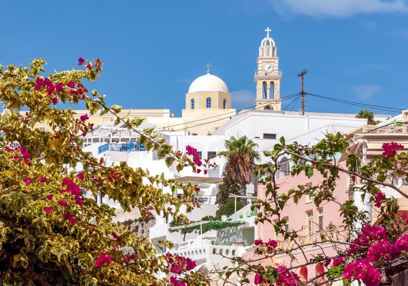 Cattedrale cattolica in Thira, isola di Santorini, Grecia immagini stock libere da diritti