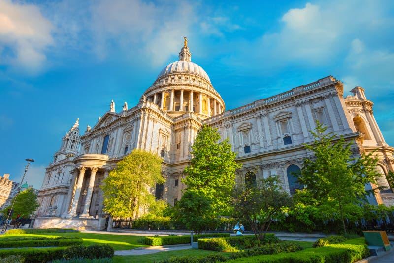 Cattedrale del ` s di St Paul a Londra, Regno Unito fotografia stock