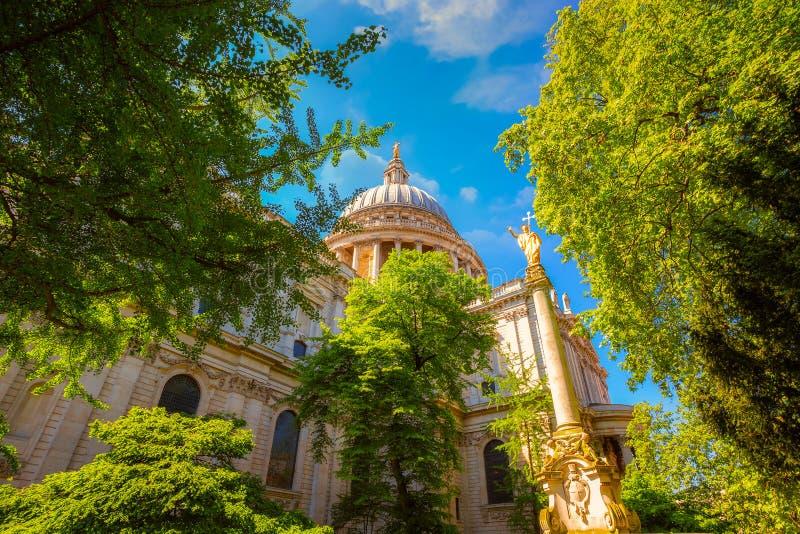 Cattedrale del ` s di St Paul a Londra, Regno Unito immagini stock