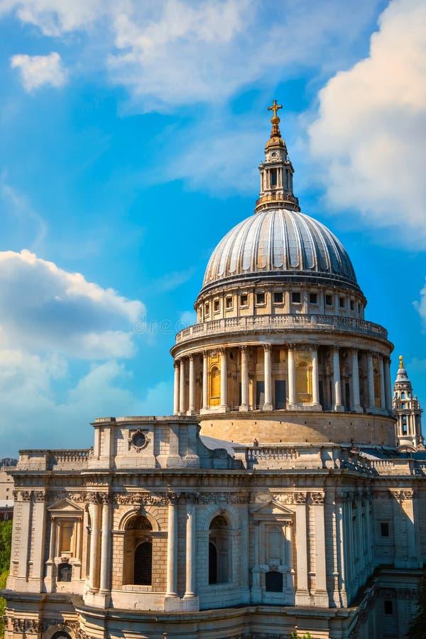 Cattedrale del ` s di St Paul a Londra, Regno Unito immagine stock