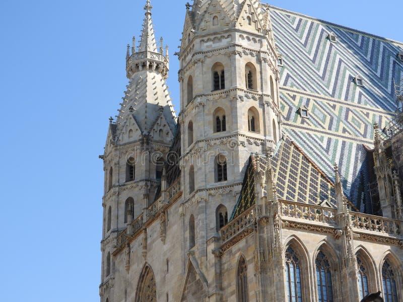 Cattedrale del ` s di St Stephen a Vienna, Austria in un bello giorno di autunno fotografie stock
