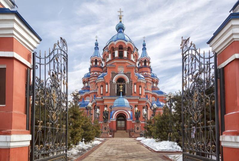 Cattedrale dell'icona di Kazan della madre di Dio nella città di Irkutsk fotografie stock