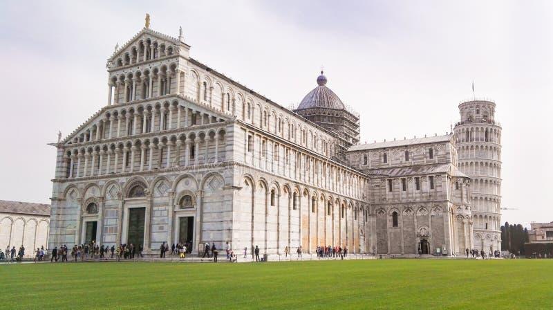 Cattedrale della torre di Pisa e di Santa Maria Assunta immagine stock