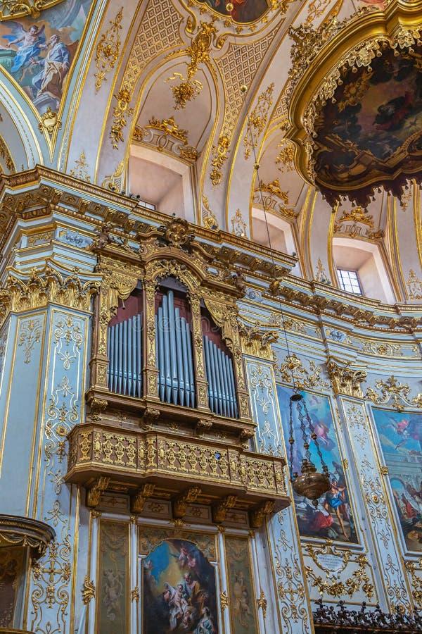 Cattedrale di桑特亚历山德罗,贝加莫,意大利内部  库存图片
