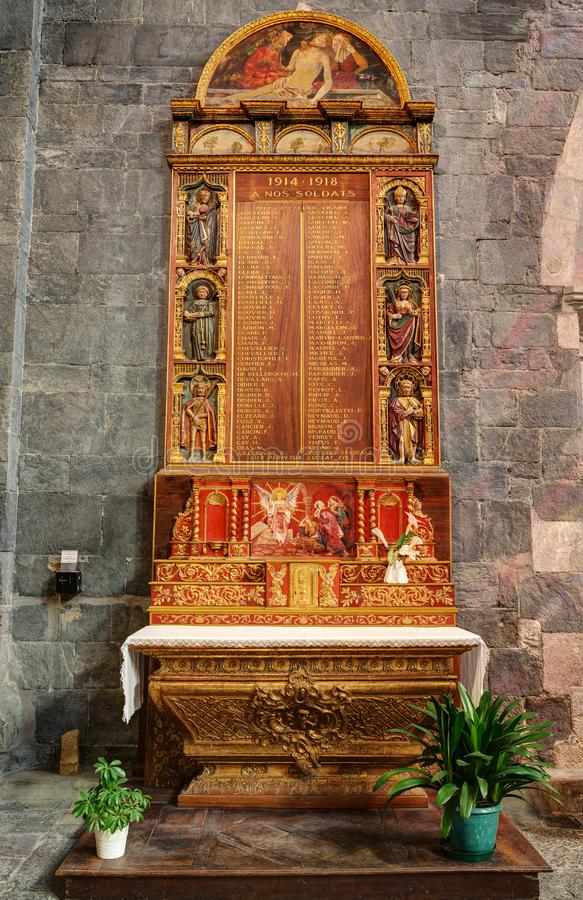Cattedrale di Embrun - Embrun - Alpes - la Francia fotografie stock