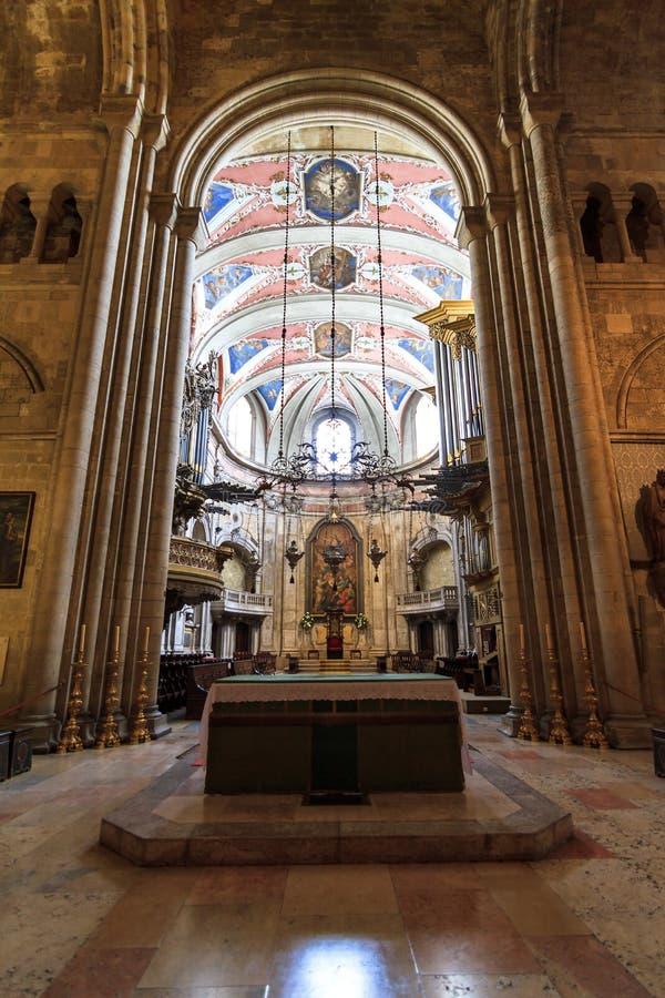 Cattedrale di lisbona dell 39 altare immagine stock for Interno b 187