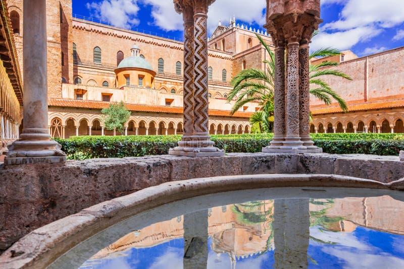 Cattedrale di Monreale, Palermo in Sicilia fotografia stock