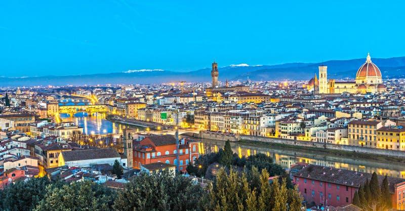 Cattedrale di Santa Maria del Fiore e di Palazzo Vecchio, Firenze, Italia immagine stock
