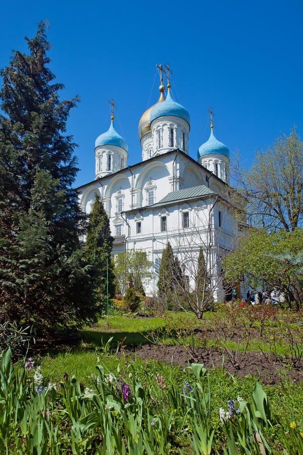 Cattedrale di Spaso-Preobraženskij nel monastero di Novospassky mosca fotografia stock